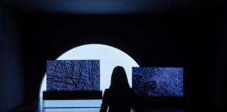 Il tv LG OLED arrotolabile è in mostra alla Milano Design Week 2019
