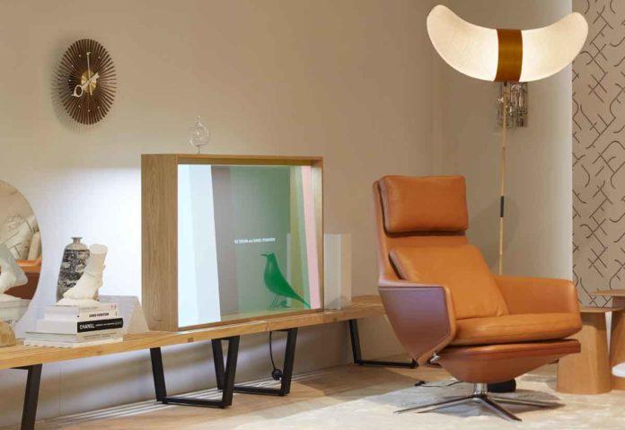 Panasonic ha presentato un concept di TV OLED trasparente