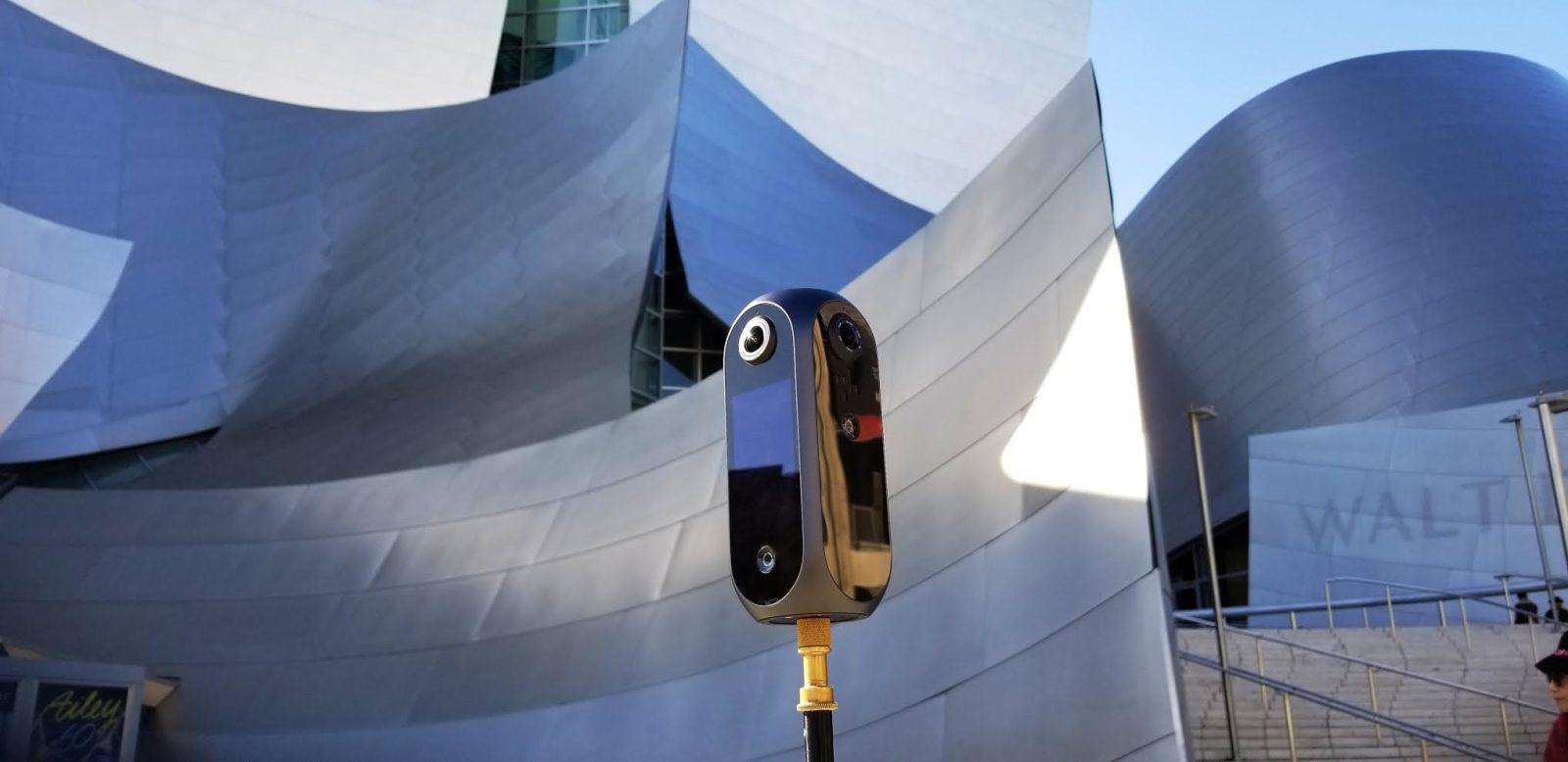 Pilot Era, la super fotocamera tascabile per filmati VR 360° in 8K sta arrivando