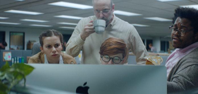 """""""The Underdogs"""" è il nuovo spot che mostra la sinergia in azienda grazie ai prodotti Apple"""