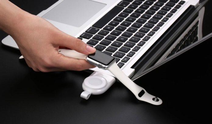 Con UGREEN potete caricare  wireless Apple Watch ovunque, su Amazon in offerta a 28 euro