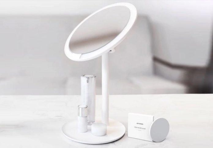 Xiaomi Amiro, lo specchio da tavolo con cornice LED