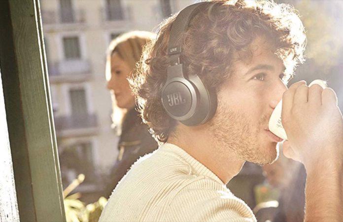 JBL Live, le cuffie con Urban Noise Control