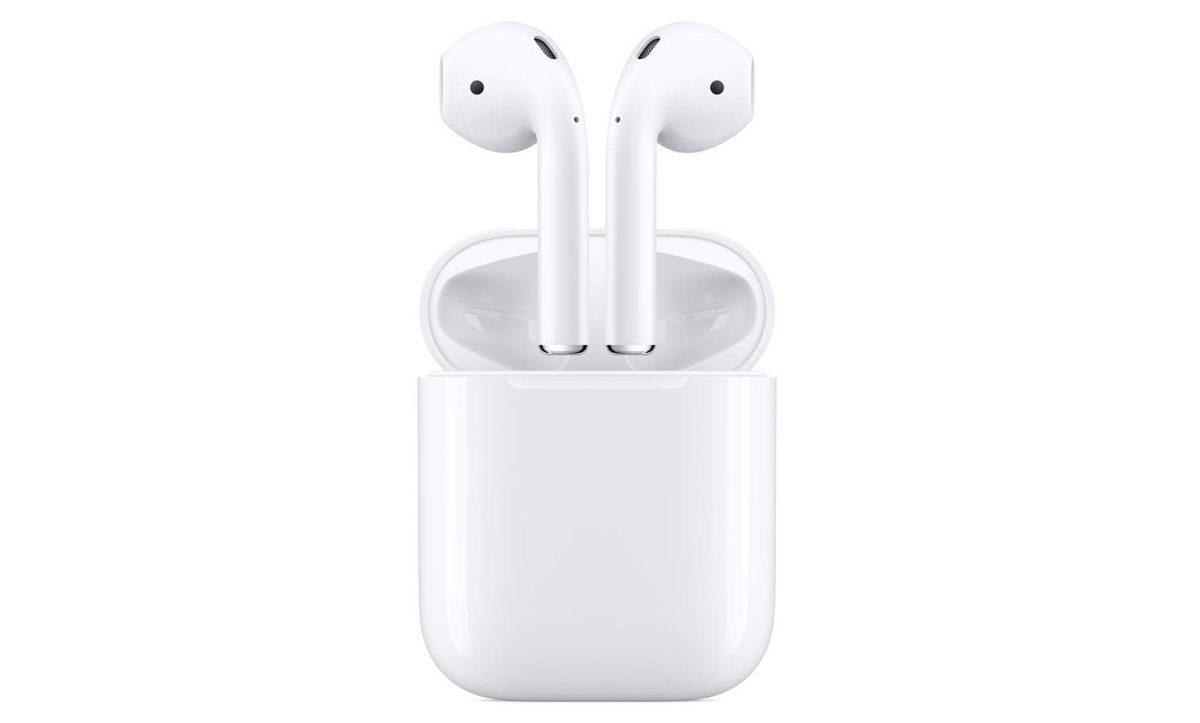 Sconto Amazon: Airpods 2 con ricarica wireless, 209,99€; vecchie Airpods 141,55