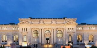 Apple inaugura lo Store alla Carnegie Library a Washington l'11 maggio