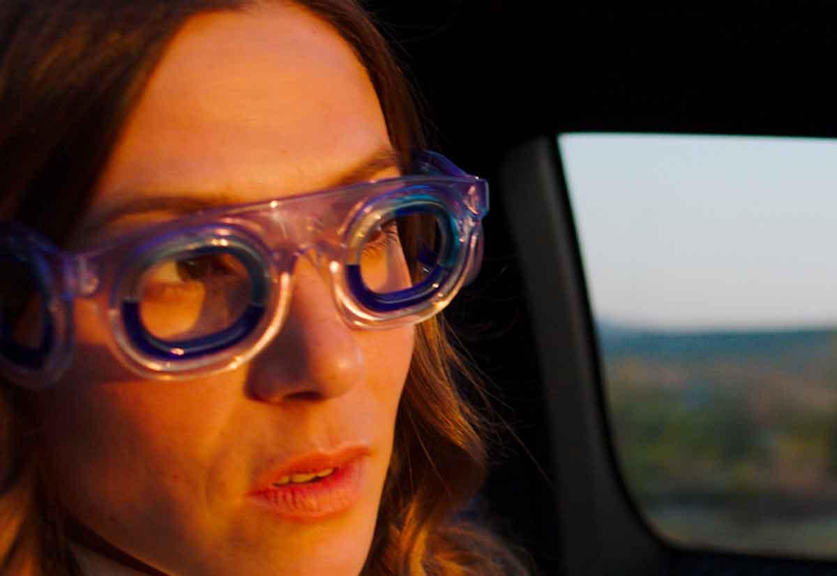 occhiali contro il mal d'auto