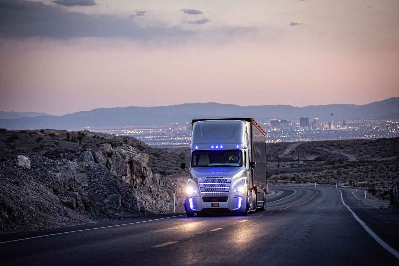 Da Daimler Trucks nuova organizzazione dedicata alla guida altamente automatizza