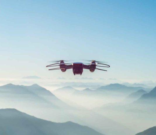 Le norme della Commissione europea per l'uso sicuro dei droni