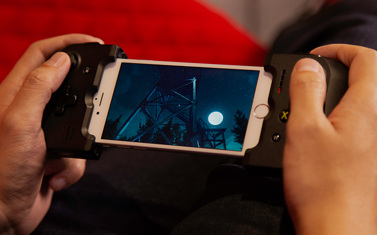 L'app di Steam Link è compatibile con lo Steam Controller tramite Bluetooth, ma anche con molti altri controller, mouse e tastiere Bluetooth.