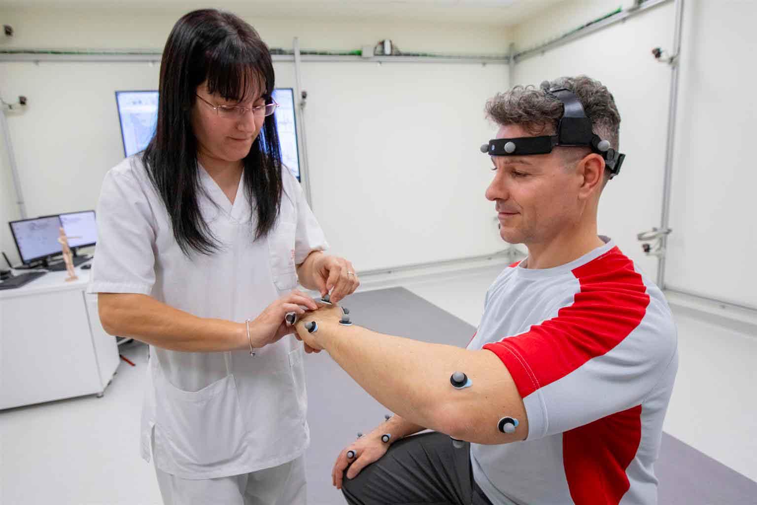 Seat, la realtà virtuale nella linea di assemblaggio per studiare l'attività muscolare dei lavoratori