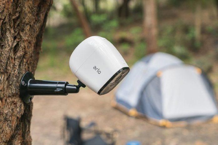Arlo Go, la telecamera di sicurezza si porta in vacanza