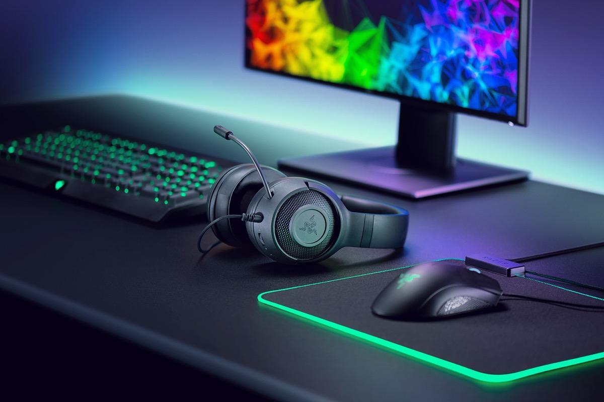 Razer Kraken X, le cuffie per gamer super-leggere