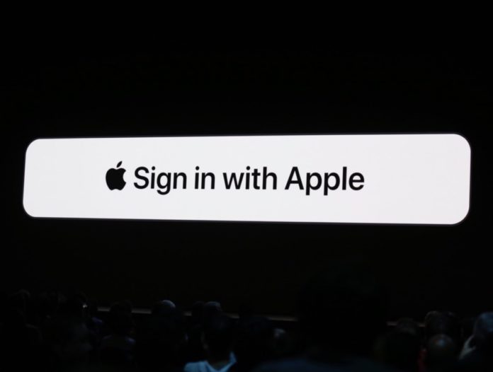 Apple rivoluziona il login: arriva Sign in with Apple