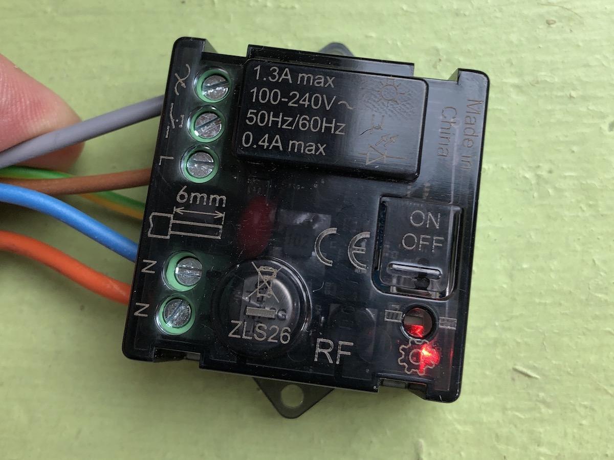 Schemi Elettrici Bticino : Recensione relè luci connesso bticino bti c domotica per