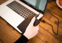 Verbatim Fingerprint Secure è un HDD con crittografia a 256 bit che si sblocca con le impronte digitali