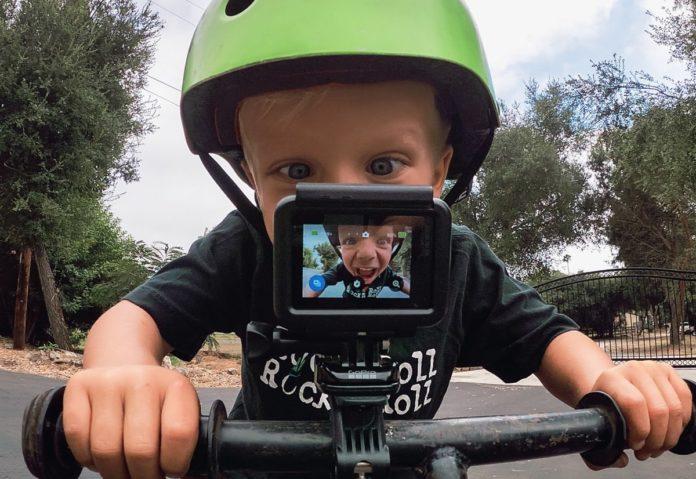 Amazon sconta laGoPro Hero 7 White a 179,99€, Entrate nel mondo delle action cam:
