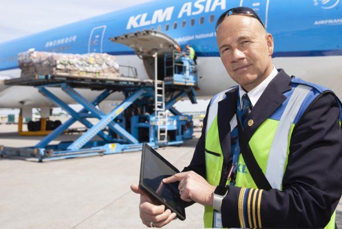 KLM, IBM e Apple creano Appron, l'app iPad che fa partire i voli in orario