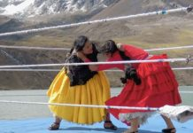 Il wrestling boliviano femminile nel nuovo spot dedicato all'iPhone