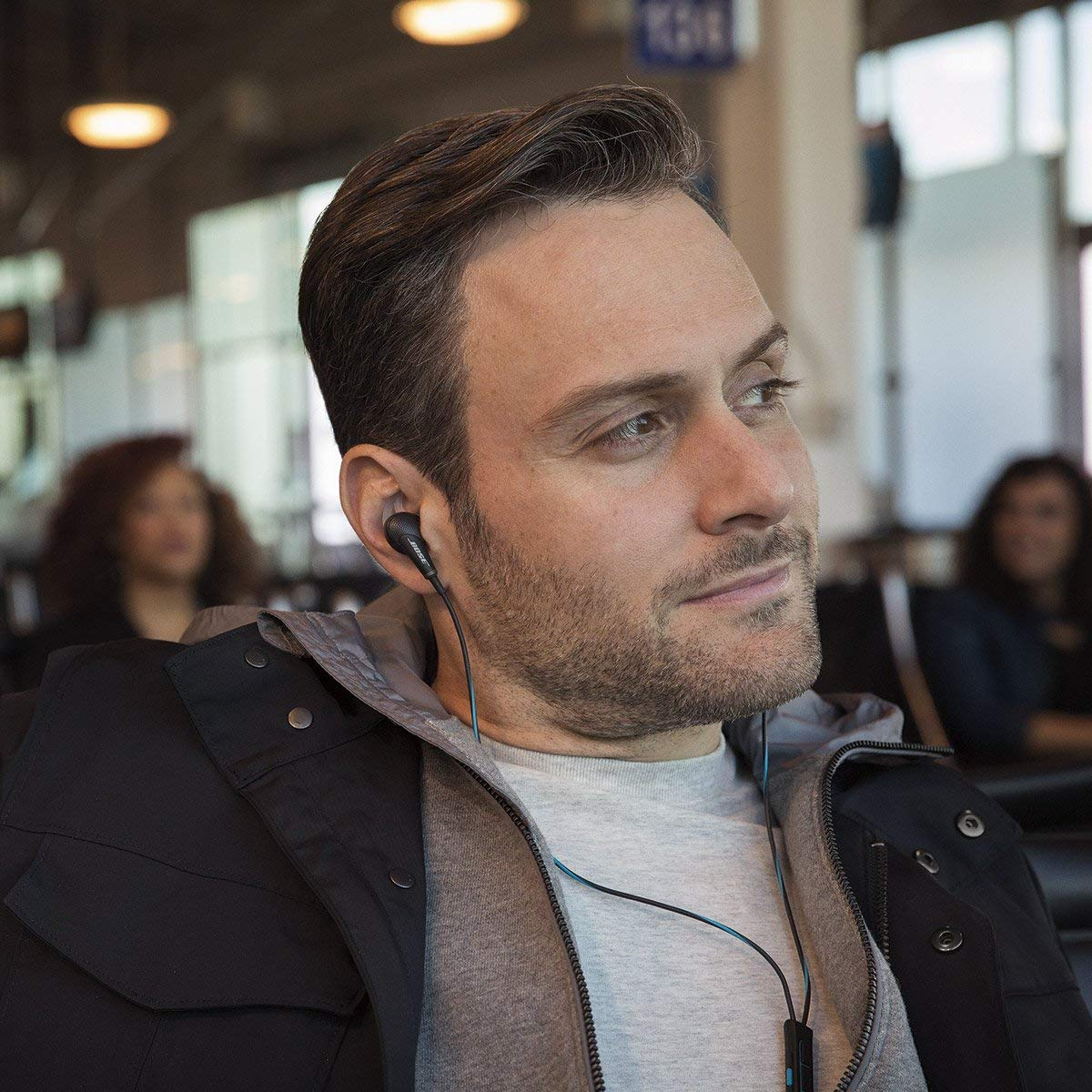 Amazon liquida auricolari Bose per iPhone: Soundsport 37,99 euro, Bose QC20 159,99 €