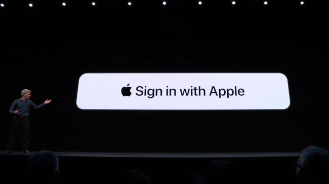 Apple presenta iOS 13, con dark mode e altre novità