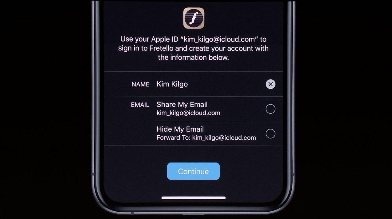Accedi con Apple, la password di Google o Facebook non basterà più