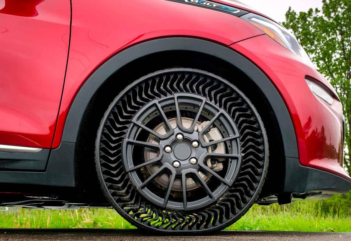 Michelin e General Motors hanno presentato il primo pneumatico senza aria