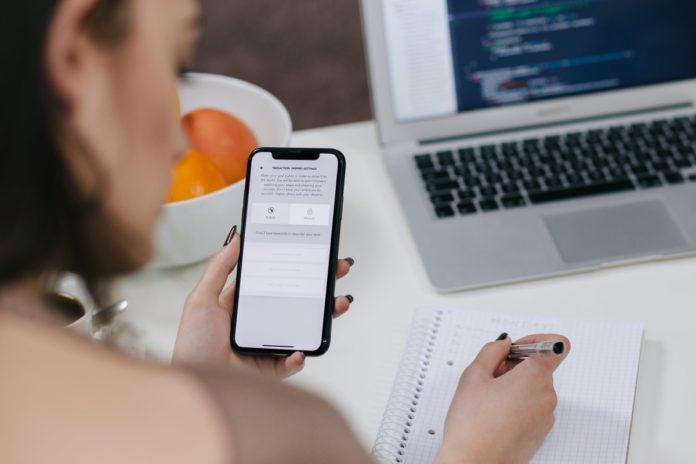 Apple punta tutto su iPhone 2019: ordini dei componenti alle stelle