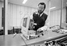 Un sito mostra com'era la fabbrica USA dove nascevano i Macintosh del 1984