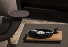 Como Audio Turntable BT, il giradischi wireless arriva in Italia