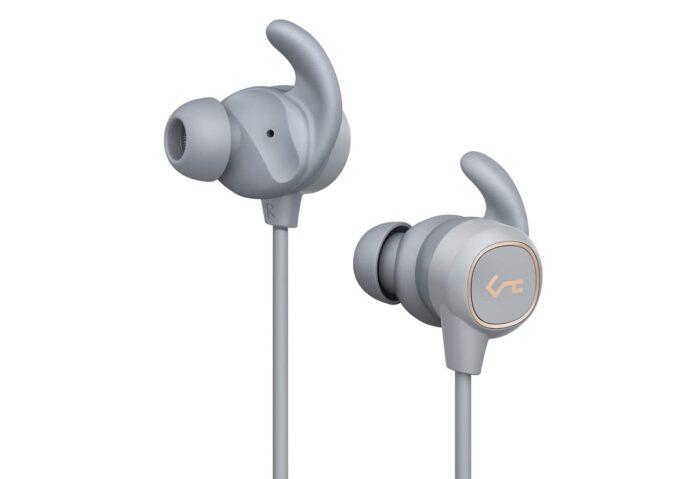 Sconto auricolari Bluetooth in-ear impermeabili e con magnete: 21,99 euro