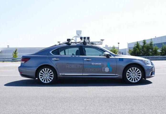 Toyota sperimenta in Europa la guida automatizzata