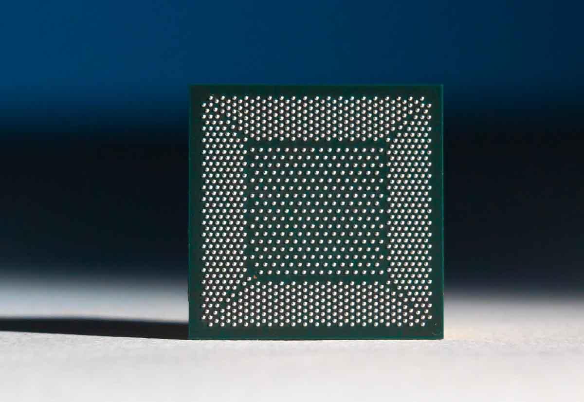 Pohoiki Beach di Intel è un sistema neuromorfico in grado di simulare 8 milioni di neuroni