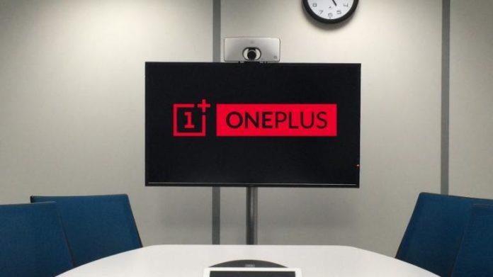 La TV OnePlus avrà il suo telecomando bluetooth