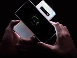 La ricarica della batteria dello smartphone vale più del denaro per gli italiani