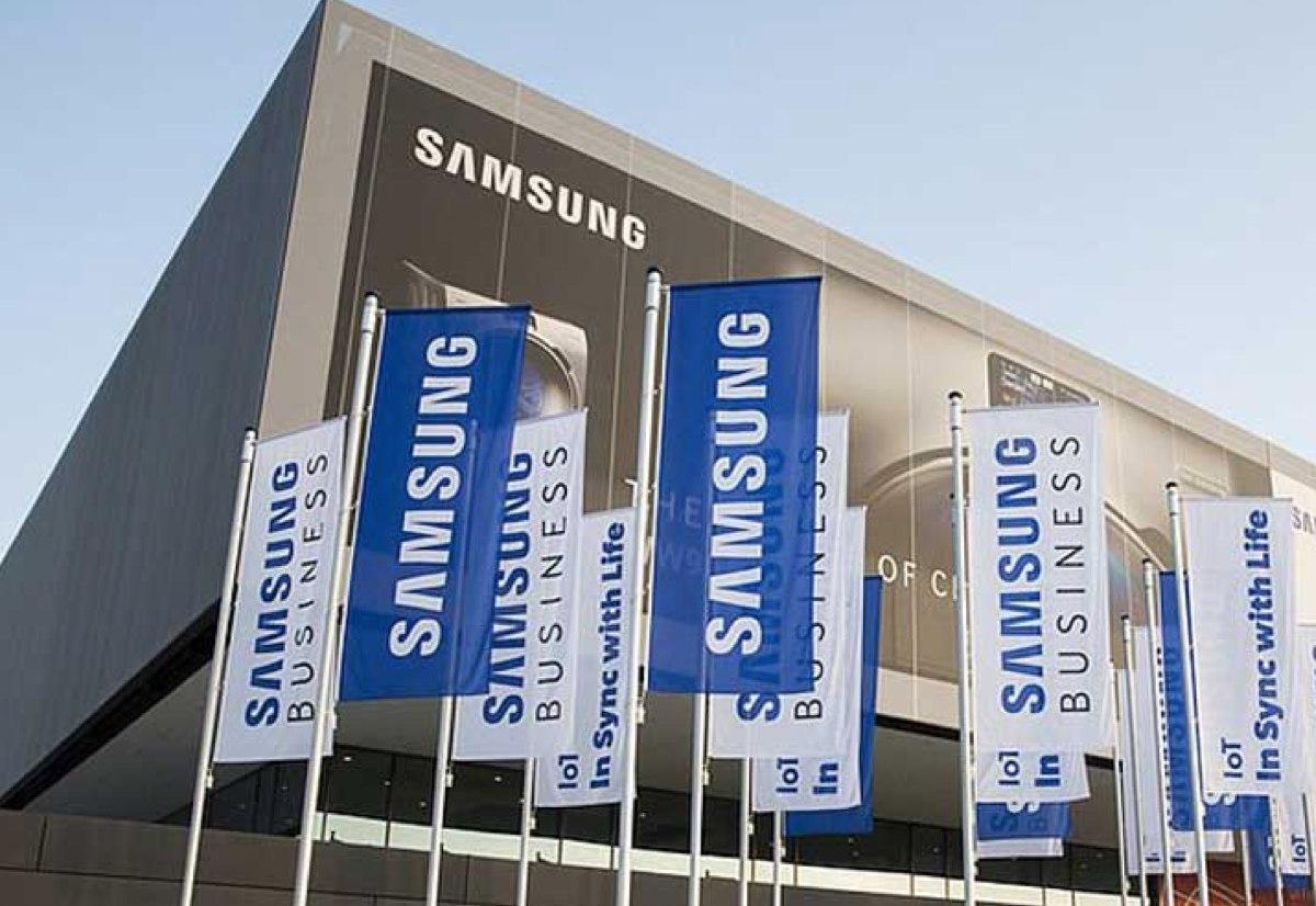 Dirigenti Apple in visita a Samsung in Corea: si teme carenza di chip per iPhone