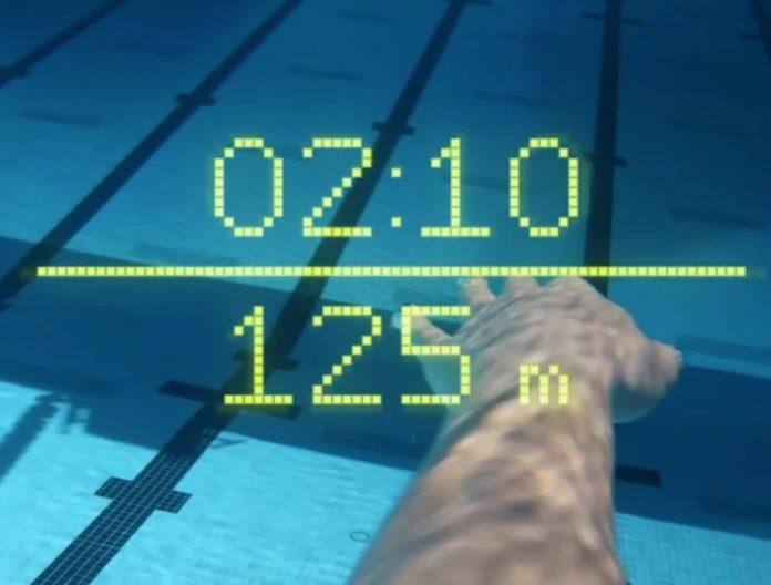 Form lancia gli occhialini per il nuoto con AR