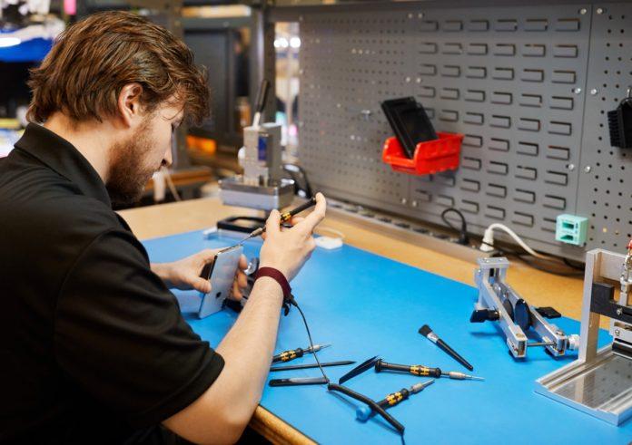 Apple offre ai suoi clienti ancora più opzioni per riparazioni sicure e affidabili