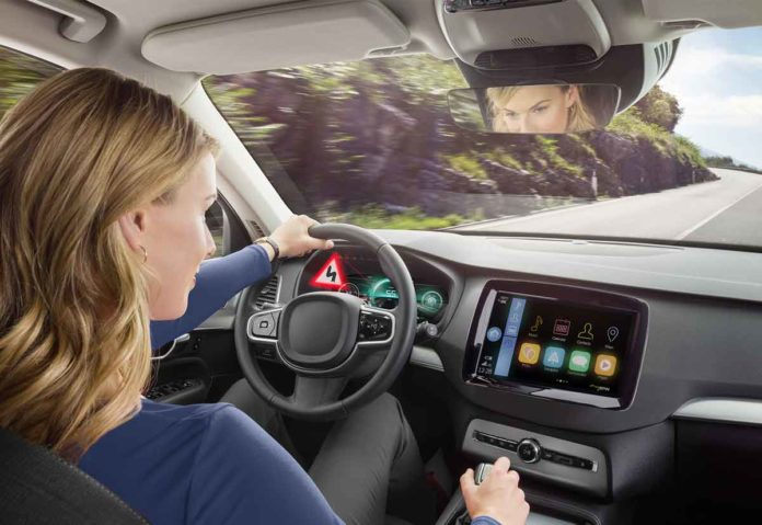 Bosch apre la strada ai display 3D nei veicoli