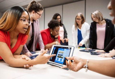 Creatività, coding e comunità ai corsi di Apple per gli insegnanti