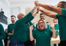 Apple dice che è direttamente e indirettamente responsabile di 2,4 milioni di posti di lavoro negli USA