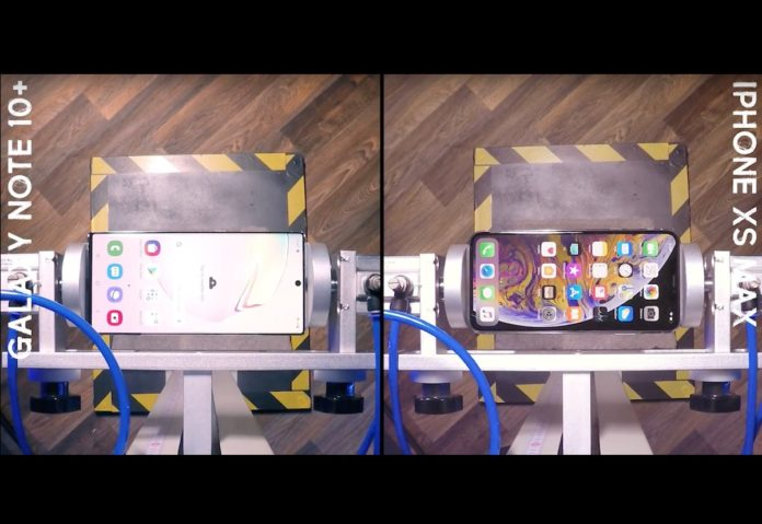 Galaxy Note 10+ contro iPhone XS Max: Samsung vince in un test di cadute