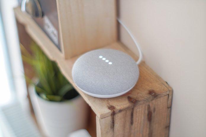 Anche Google sospende l'ascolto delle conversazioni con l'assistente vocale