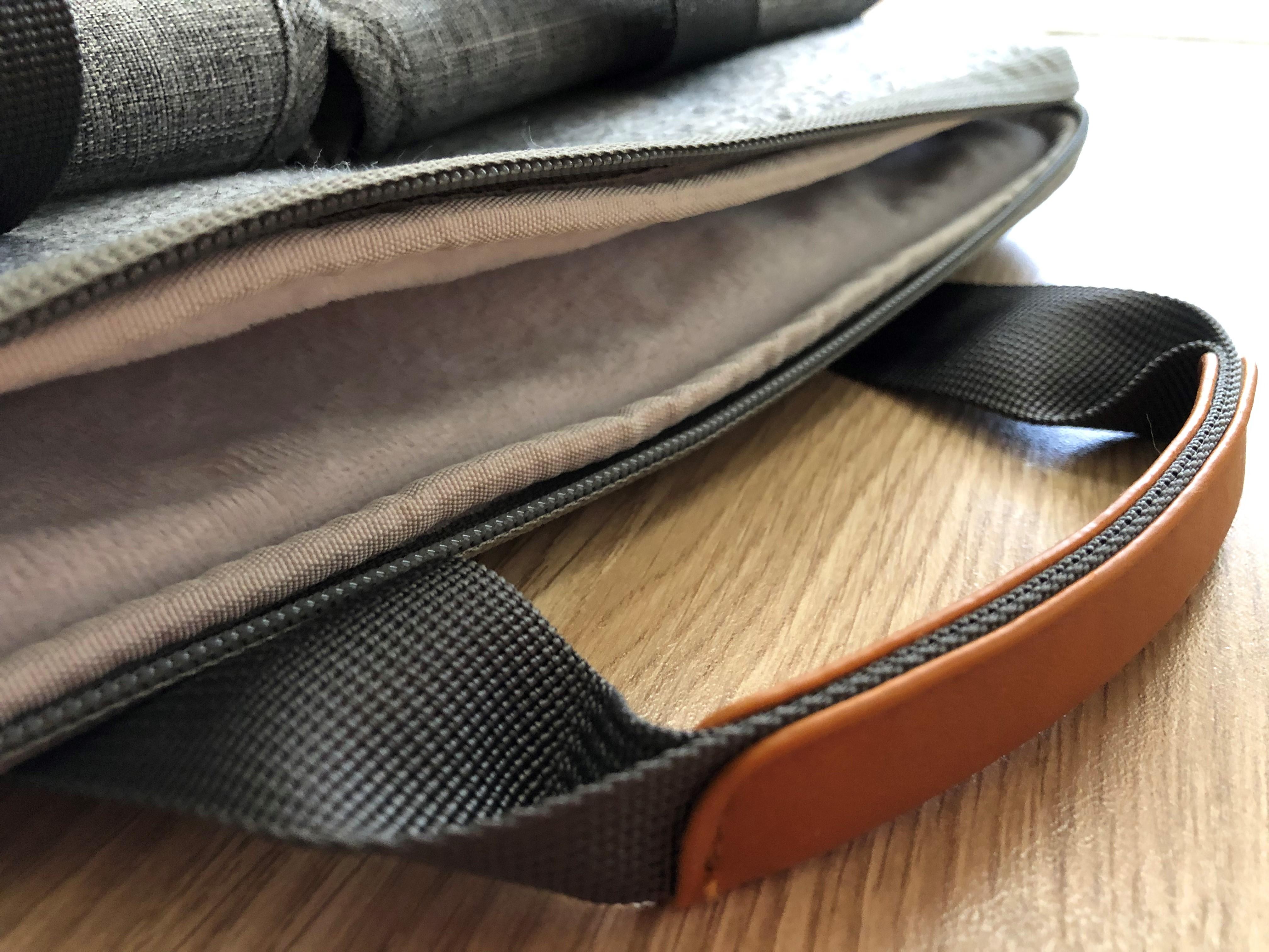 In prova la borsa Inateck per notebook 13 pollici