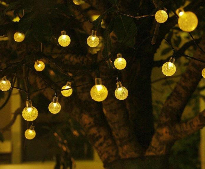 Catena di luci OxyLED per addobbare casa e negozio in sconto a 14,99 euro
