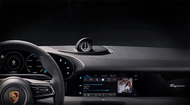 Porsche Taycan è la prima auto con Apple Music integrato
