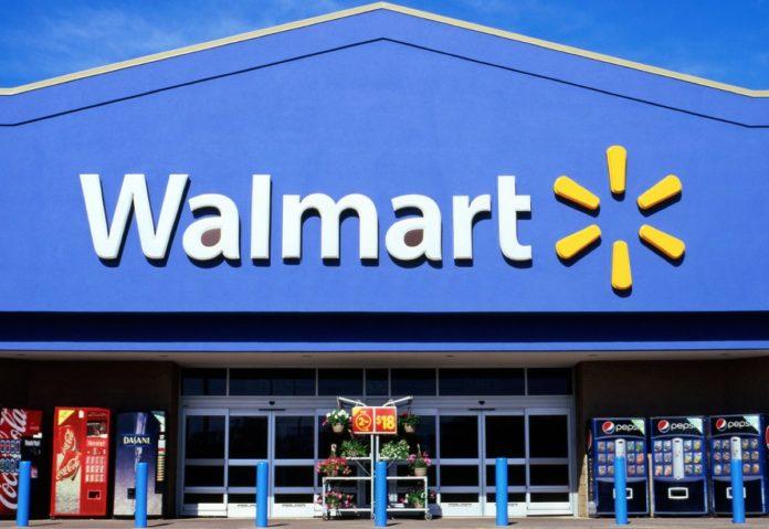 Pannelli solari prendono fuoco nei negozi, Walmart denuncia Tesla