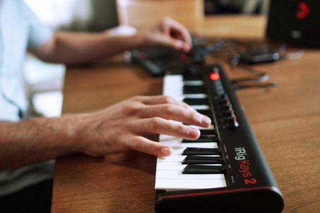 iRig Keys 2, la tastiera MIDI per iPhone, iPad, Android, Mac e PC è tutta nuova