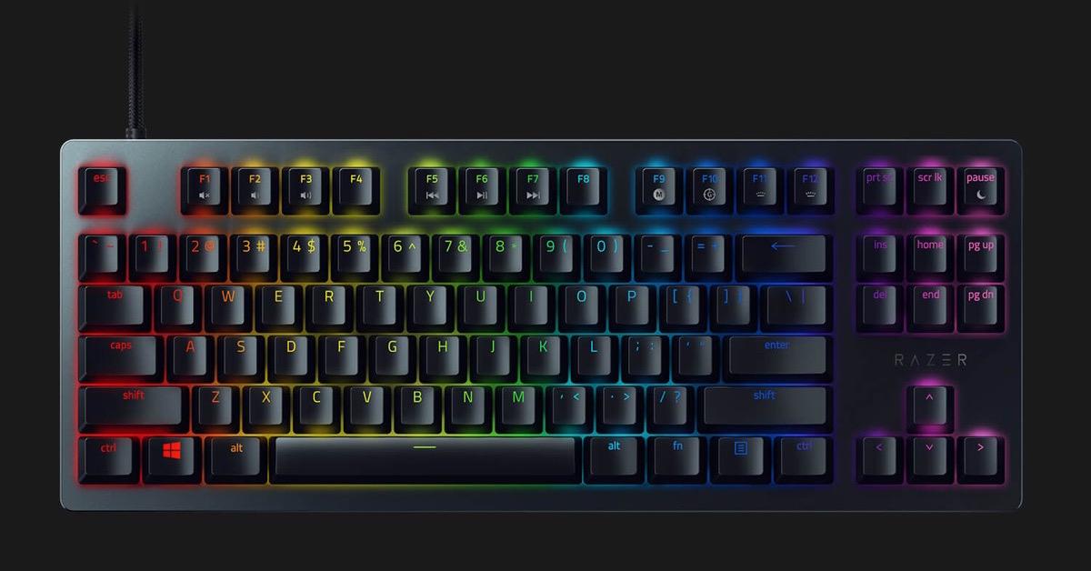 Razer Huntsman TE, la tastiera compatta da gaming per i tornei di esport