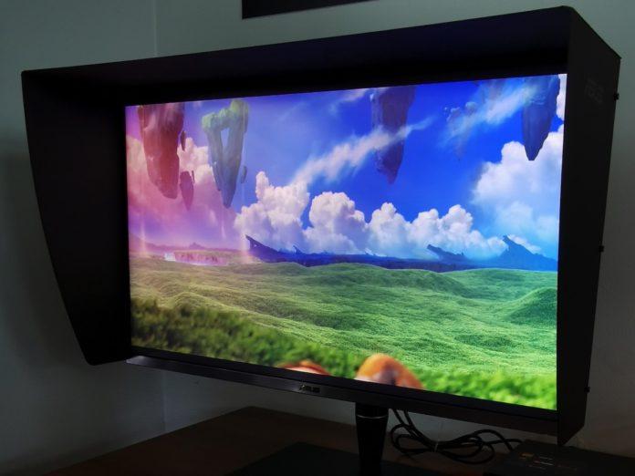 Asus ProArt Display PA32UCG con HDR 1600 è anche un hub Thunderbolt 3 per ottimizzare i workflow video