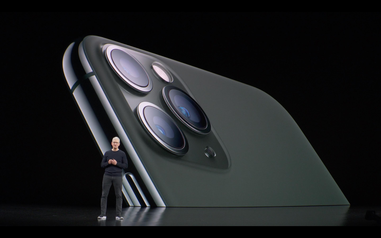 iPhone 11 Pro presentato da Tim Cook